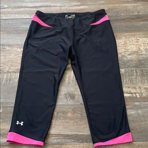 Under Armour Athletic capris like new condition